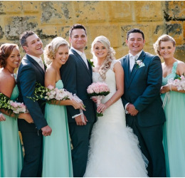 18-perth-wedding-photography-mindarie-portofinos-restaurant-bridal-party-mint-dresses